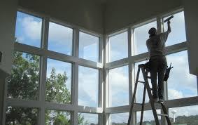 Làm thế nào để làm sạch cửa sổ trên các tòa nhà cao tầng